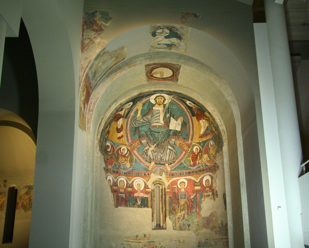 The frescos of Sant Climent de Taüll in MNAC